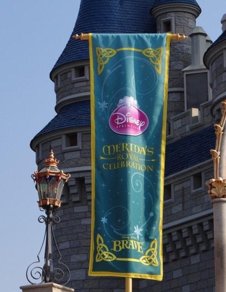 Crowning Princess Merida at Walt Disney World. Photo Copyright- Energizer Bunnies' Mommy Reports (15)