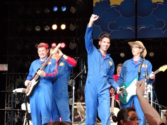 Imagination Movers Live for #JustForKids at SeaWorld, Texas . Photo Copyright- Energizer Bunnies' Mommy Reports (12)