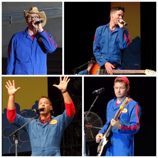 Imagination Movers Live for #JustForKids at SeaWorld, Texas . Photo Copyright- Energizer Bunnies' Mommy Reports (42)